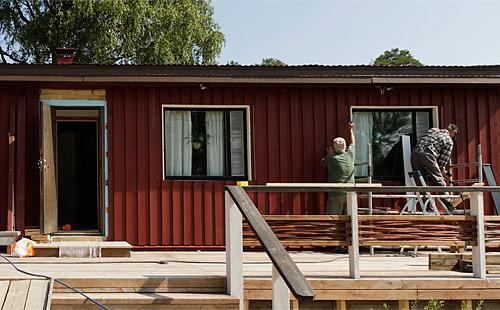Kylätalo ei olisi ollut mahdollinen ilman vapaaehtoisia rakentajia.